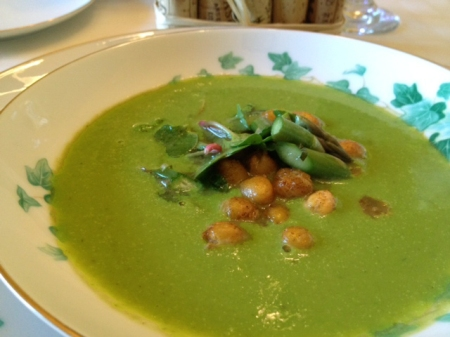 garlic and pea soup